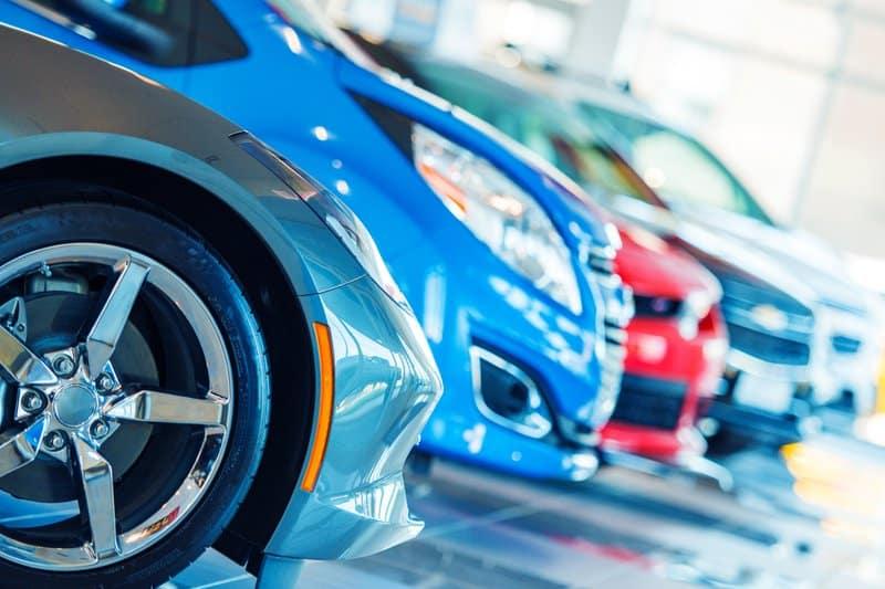Neuerungen für Autofahrer in 2020 - Bußgelder, Regionalklassen und Dieselverbotszonen Das Jahr 2020 bringt ein paar Neuerungen für Autofahrer mit sich. Einige Vergehen im Straßenverkehr werden höher bestraft. Außerdem wurden einige Typ- und Regionalklassen höher eingestuft. Hier erfahren Sie, was Sie wissen müssen.